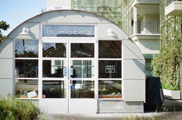 restaurant-fast-food-burgers-large